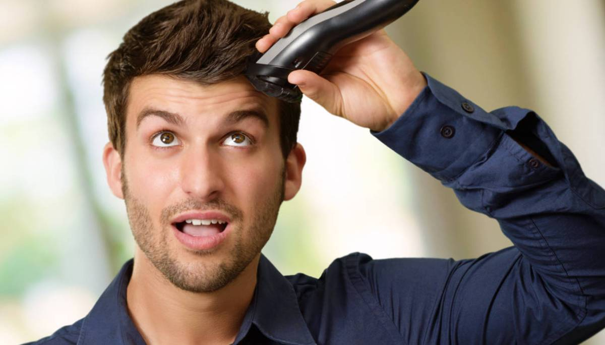 taglio capelli a casa uomo